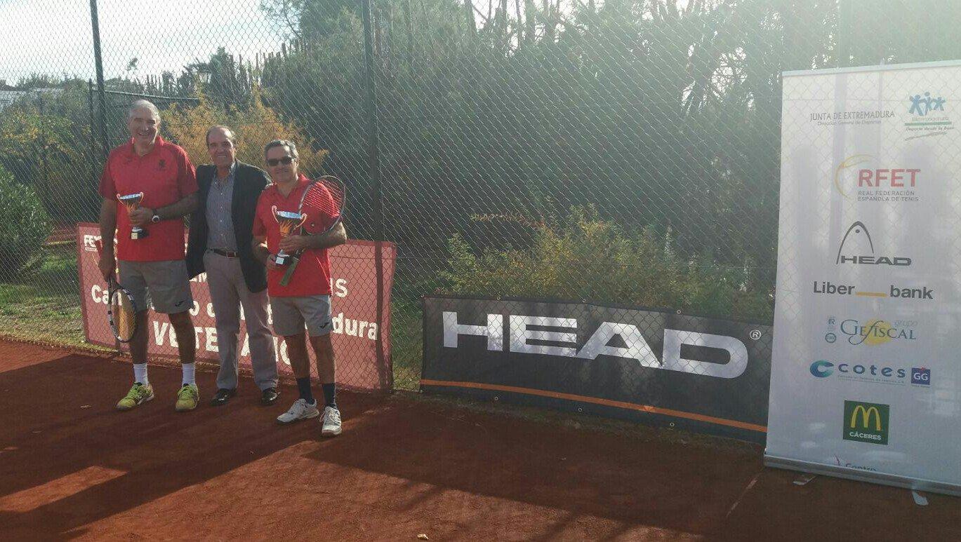 Ignacio de Llera se impone en el Campeonato de Extremadura +55